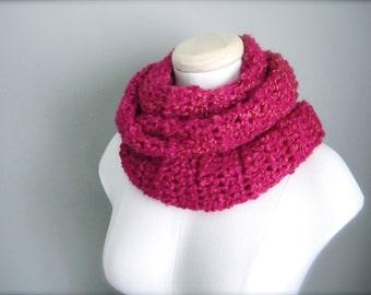 Crochet Hot Pink, Raspberry Pink, Fuchsia, Magenta, Salmon Infinity Scarf, Men's Scarf, Women's Scarf, Unisex Scarf
