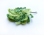 Floral hair accessories. Green crochet  flower bobby pin. Rustic wedding bridal hair accessories