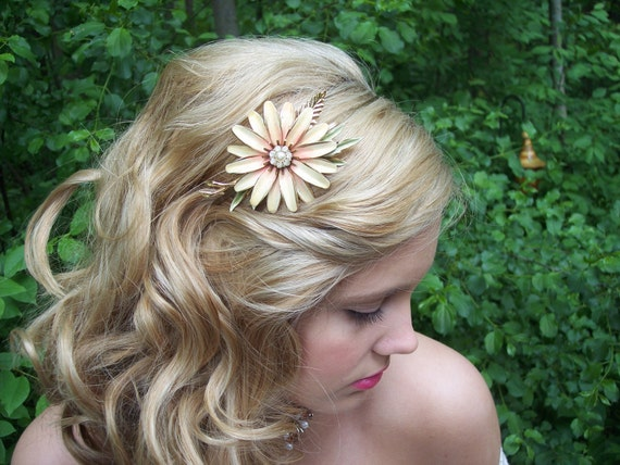 RESERVED WILD DAISY Vintage Headband for the Beautiful Bride Bride Shabby Chic Rustic or Country Wedding