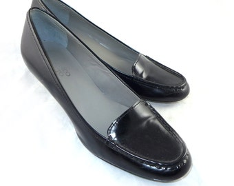 Black patent leather slip on heels - beautiful, loafer shape / style, sleek menswear 9.5 M 10 N ladies shoes