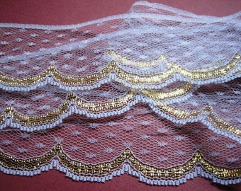 Scalloped Golden Lace Trim, Gold / White, 2 inch wide, 1 yard For Apparel, Accessories, Home Decor, Romantic & Victorian Crafts