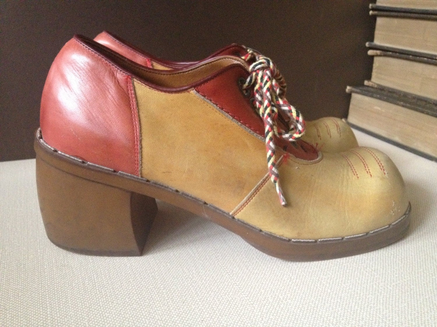 70s oxford saddle shoes two tone leather size 4 5 5 us