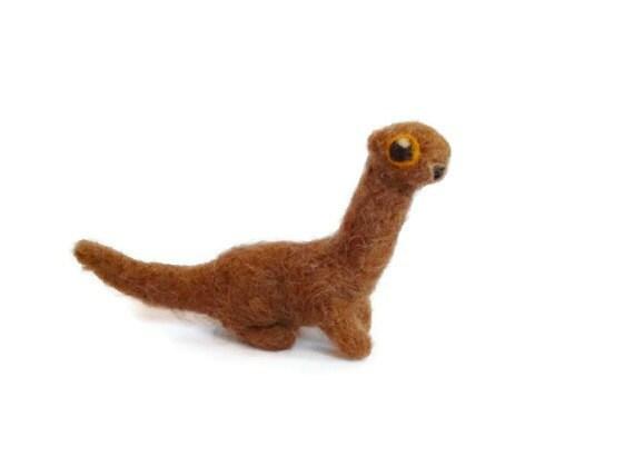 Miniature Ferret / Weasel Sculpture Needle Felted by ... | 570 x 428 jpeg 13kB