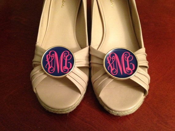 monogrammed shoe clips  giveaway   u2013 dixie delights