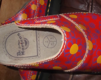 Vintage Dr. Marten sandals size usa 8 Canada 41 in very good condition