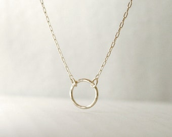 Gold eternity necklace - hammered circle 14k gold filled - minimal dainty jewelry