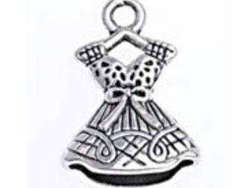 8pcs Antique Silver Finish 22x15mm dress with hanger pendants-864