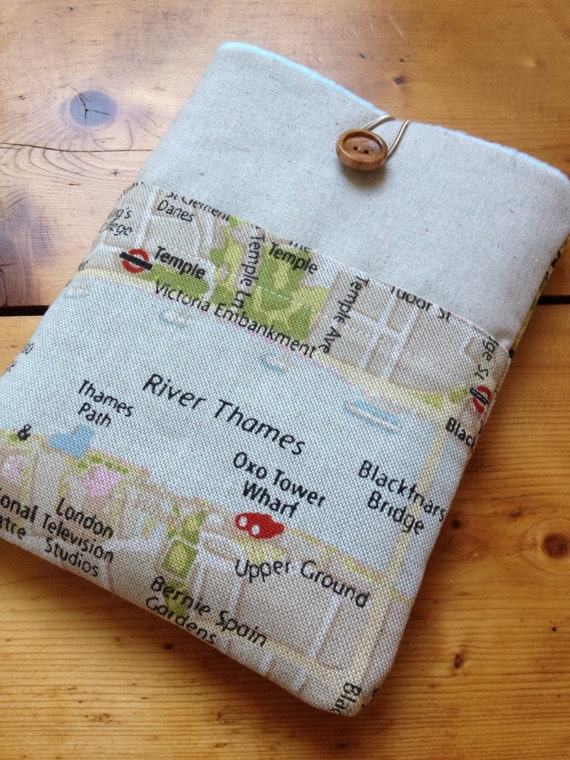 Kindle paperwhite sleeve /  kindle touch / kindle 4 cover in London, England Map Fabric