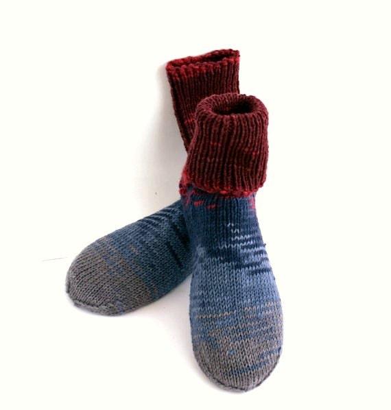 Hand Knitted Wool Women Socks. Softest HQ Cashmere Yarn.