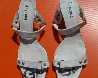 GIANFRANCO FERRE  sandals black and white size 37 made in Italy circa 1970's