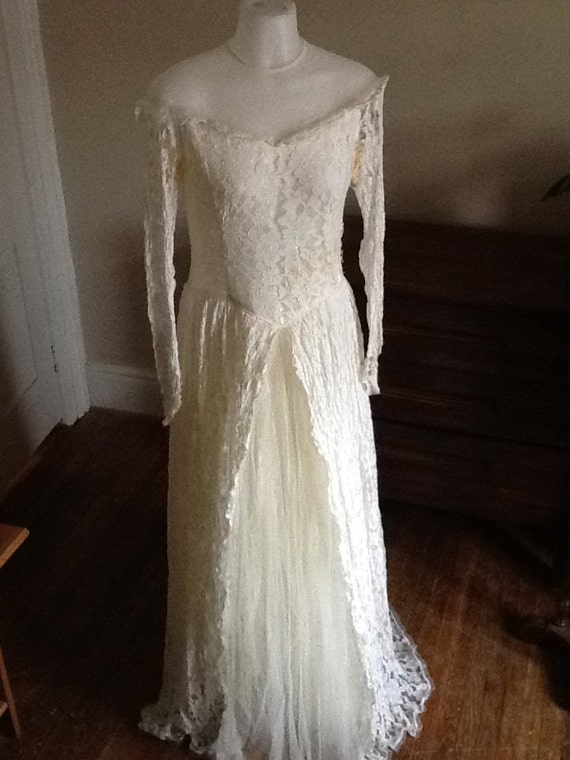 Vintage Wedding Dress Suitable For Upcycling By