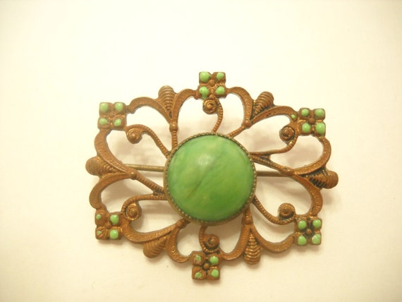Vintage ART DECO BROOCH, Copper Color, Green Cabochon, Hand Painted Beads (4172)