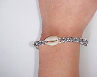 Chainmaille Shell Bracelet