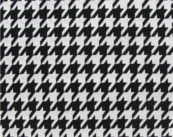 Cotton Fabric -  Black and White Houndstooth Cotton Fabric by the Yard - Quilt Fabric - Apparel Fabric - Home Decor Fabric - Fat Quarters