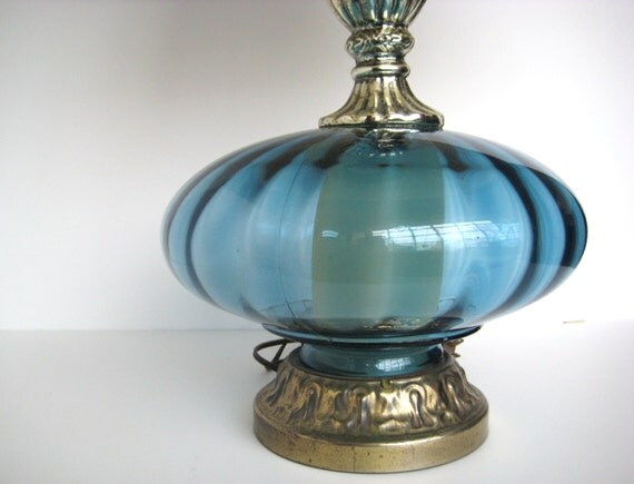 vintage blue table lamp blue glass lamp hollywood regency lamp. Black Bedroom Furniture Sets. Home Design Ideas