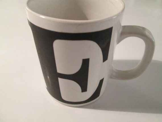 Letter e typography mug initial coffee cup for Letter e mug