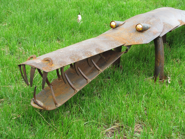 Alligator garden art metal sculpture crocodile welded iron for Welded garden art designs