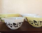 Vintage Yellow Gooseberry Cinderella Bowl Pyrex Set