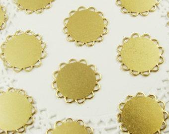 13mm Flat Brass Lace Edge Cameo Cabochon Settings - 12