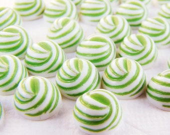 Vintage 8mm Apple Green & White Ribbed Swirl Cabochons Plastic - 10