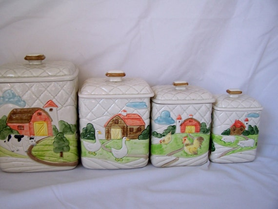 Vintage ceramic farm kitchen canisters set of 4 white quilted for Quilted kitchen set