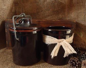 stoneware crocks, vintage kitchenware, kitchen storage, organization, antique pottery, brown crocks