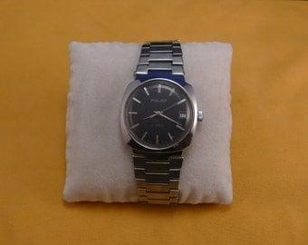 """USSR """"POLJOT""""  (Flight) wrist watch 1960  unusual dial ultra rare 17 jewels PERFECT condition"""