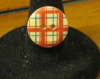 Red and Navy Blue Plaid Wooden Button Adjustable Ring