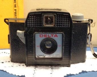 Vintage Imperial Delta camera