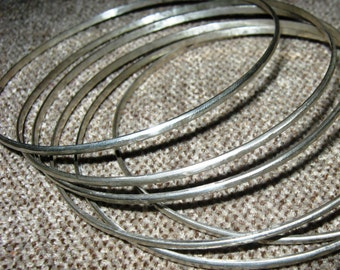 Silver bangle. Narrow , skinny silver  bangle - 3