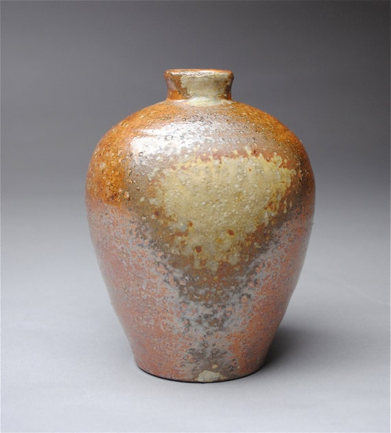 Clay Bottle Wood Fired Q22