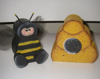 Wood Bee and his HIVE shelf sitters