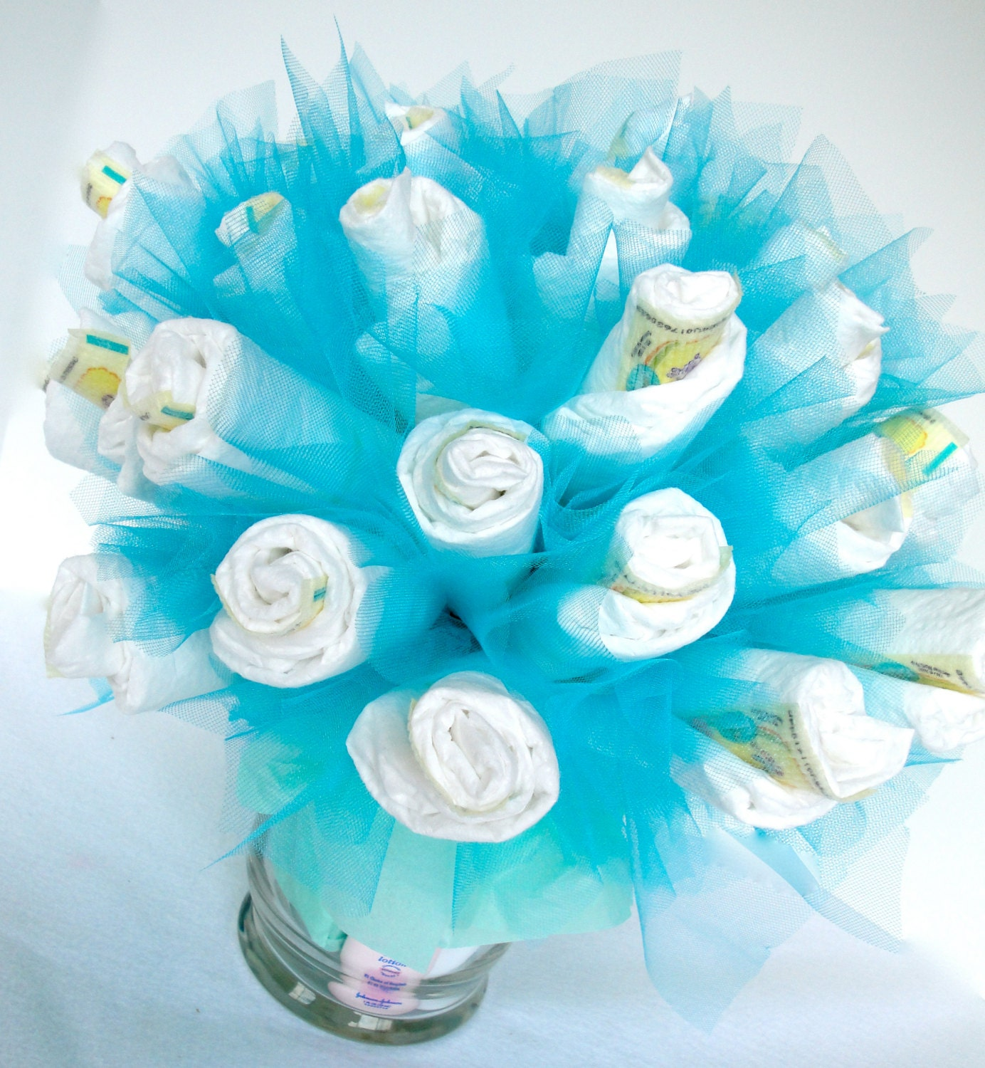 Diaper bouquet blue baby boy diaper bouquet baby shower for Baby shower decoration ideas with diapers