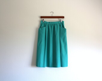 SALE 50 OFF Vintage Green Mint Skirt with Pockets
