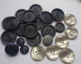 Large Grey/Silver Button Mix M, 24 Pcs.