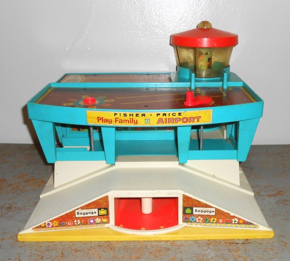 vintage toy fisher price airport little people 1970 39 s. Black Bedroom Furniture Sets. Home Design Ideas