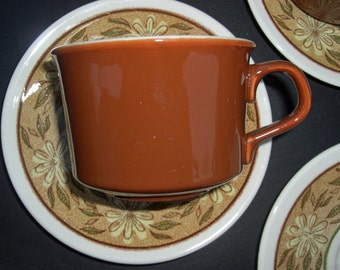 Taylor Smith Taylor Ironstone Daisy Mae Pattern - Set of 5 Cups and Saucers