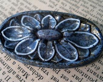 Blue Oval Flower Brooch