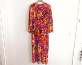 60s vintage women's medium fuzzy acrylic night gown house dress