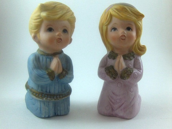 Vintage Figurine Praying Boy and Girl Pair Bisque Porcelain Figurines Easter Religion Figurines