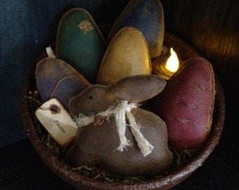 Primitive Easter Bunny and Grubby Eggs Bowl Fillers