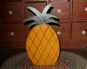 Primitive Pineapple Shelf Sitter