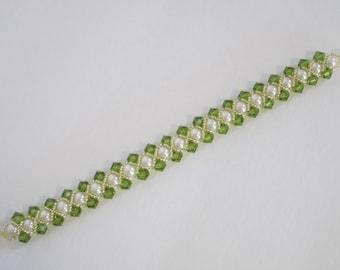 bracelet pearl swarovski crystal elegant dressy bridal attendants gifts red peridot black jet beaded gold seed beads