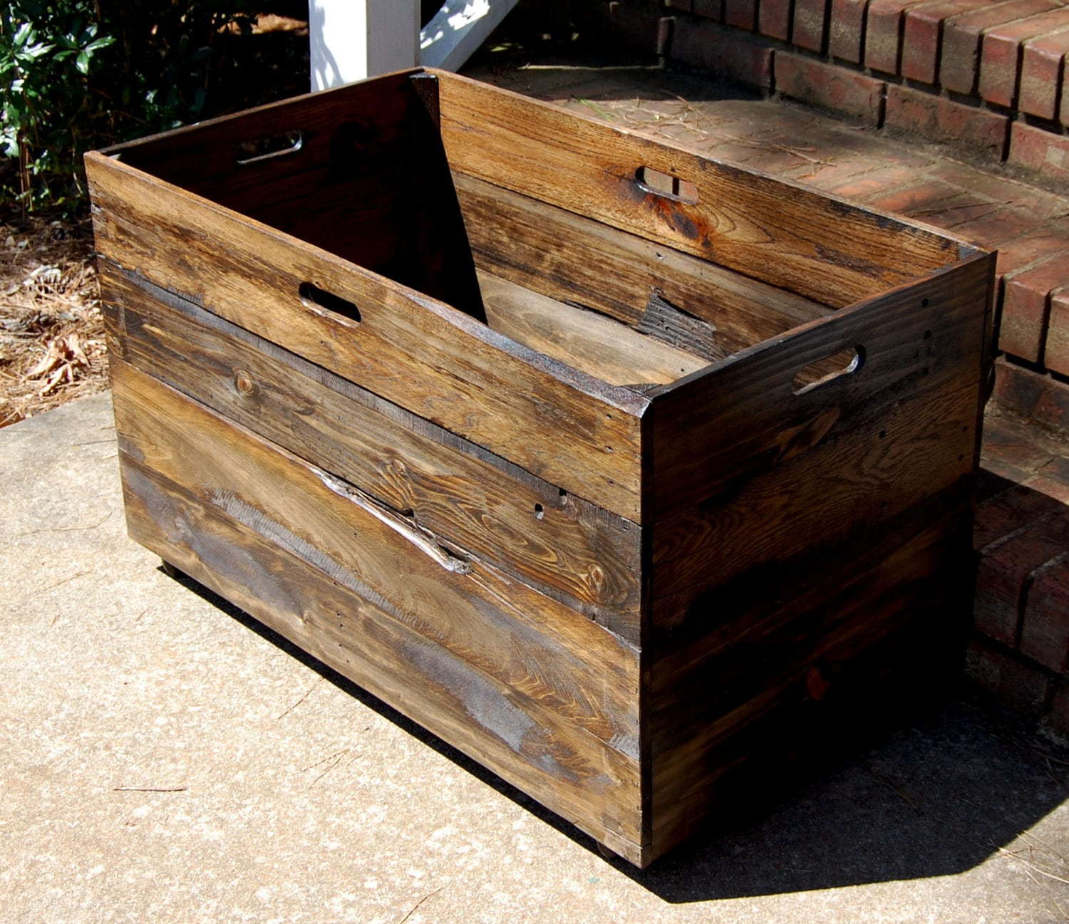 🔎zoom - Oversized Wooden Crate From Reclaimed Wood/ Toy Chest/ Large
