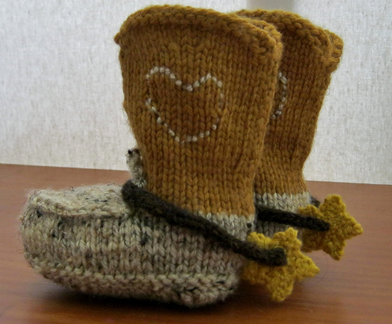 PDF Pattern for Knitted cowboy boot booties and spurs.3 months