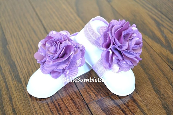 Lavender Baby Barefoot Shabby Flower Sandals for Newborn Baby or Toddler Girls, Orchid Booties, Bottomless Lilac Sandles, Purple