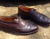 25% OFF / Men's 9.5 // Florsheim Imperial // Vintage Brown Wingtip Oxford w/ Brogue Detail