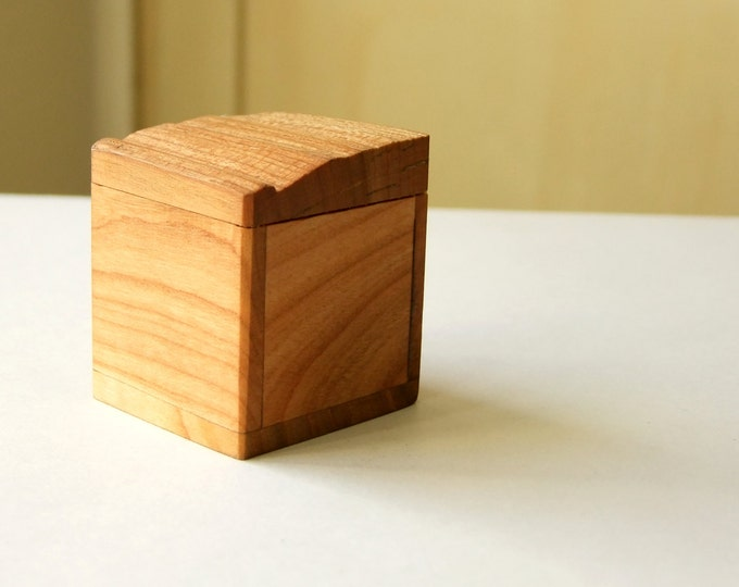 Wooden Box Tooth Box Ring Box Oak Wood Jewelry Box Gift Box Natural Wood Ecological Box