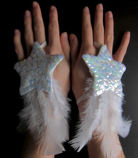 Tribal fusion bellydance shooting star,white feather pailette glitter glamour burlesque fingerless gloves - One size woman accessory.