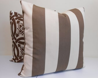 Popular items for SUNBRELLA PILLOWS on Etsy